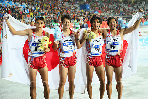 (L-R) Nobuya Kato, Shota Iizuka, Kenji Fujimitsu, Yuzo Kanemaru (JPN), <br /> OCTOBOR 2, 2014 - Athletics : <br /> Men's 4x400m Relay <br /> at Incheon Asiad Main Stadium <br /> during the 2014 Incheon Asian Games in Incheon, South Korea. <br /> (Photo by Yohei Osada/AFLO SPORT)