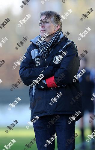2011-01-30 / Voetbal / seizoen 2010-2011 / Willebroek-Meerhof - KFC Duffel / Marc Dillen ..Foto: mpics