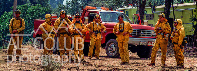 August 20, 1992 Angels Camp, California -- Old Gulch Fire—CDF engine crews ready for action on Fullen Road.  The Old Gulch Fire raged over some 18,000 acres, destroying 42 homes while threatening the Mother Lode communities of Murphys, Sheep Ranch, Avery and Forest Meadows.