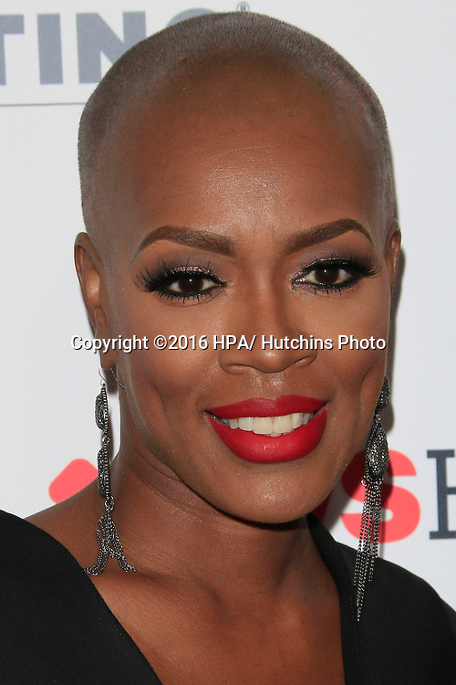 LOS ANGELES - SEP 9:  Trina Isaacs at the 5th Biennial Stand Up To Cancer at the Walt Disney Concert Hall on September 9, 2016 in Los Angeles, CA