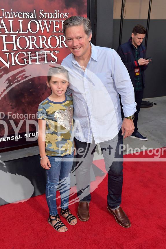 Oren Koules mit Sohn Miles bei der Eröffnung der 'Halloween Horror Nights' in den Universal Studios. Universal City, 15.09.2017