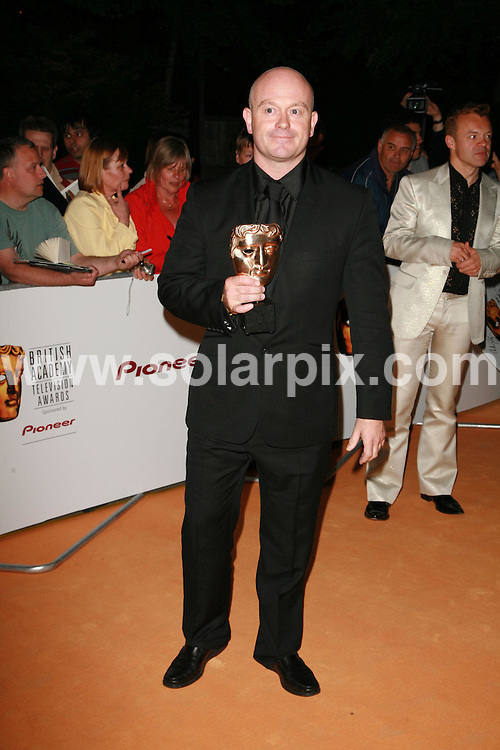**ALL ROUND PICTURES FROM SOLARPIX.COM**.The 2007 TV Baftas after party at the Natural History Museum in south west London on 20.05.07.  This pic: Ross Kemp..JOB REF:  3968  GMT   DATE: 20.05.07.**MUST CREDIT SOLARPIX.COM OR DOUBLE FEE WILL BE CHARGED* *UNDER NO CIRCUMSTANCES IS THIS IMAGE TO BE REPRODUCED FOR ANY ONLINE EDITION WITHOUT PRIOR PERMISSION*