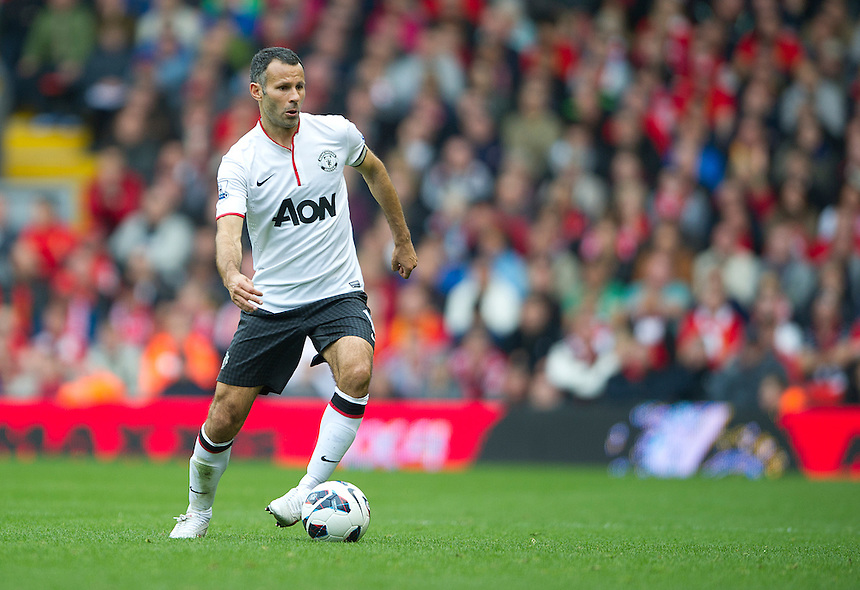 Manchester United's Ryan Giggs ..Football - Barclays Premiership - Liverpool v Manchester United - Sunday 23rd September 2012 - Anfield - Liverpool..