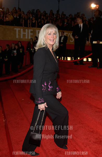 LINDA EVANS at the 30th Annual People's Choice Awards in Pasadena, CA..January 11, 2004