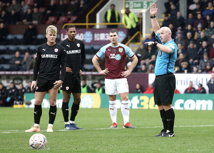 Burnley's Sam Vokes looks on as referee Simon Hooper reverses his penalty decision after a VAR referral showed Burnley's Matej Vydra to be off-side<br /> <br /> Photographer Rich Linley/CameraSport<br /> <br /> Emirates FA Cup Third Round - Burnley v Barnsley - Saturday 5th January 2019 - Turf Moor - Burnley<br />  <br /> World Copyright © 2019 CameraSport. All rights reserved. 43 Linden Ave. Countesthorpe. Leicester. England. LE8 5PG - Tel: +44 (0) 116 277 4147 - admin@camerasport.com - www.camerasport.com