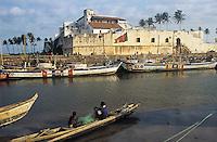 Fishing activity near the Amina fortress