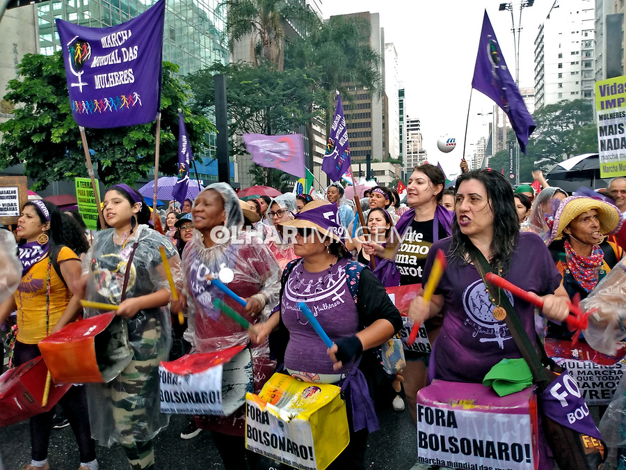 Manifestaçao Dia Internacional da Mulher. Avenida Paulista. Sao Paulo. 2020. Foto de Marcia Minillo.