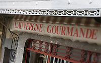 Europe/France/Auvergne/15/Cantal/ Pierrefort: Enseigne L'Auvergne Gourmande &  Boucherie-Charcuterie Dutrévis, pl. de la Fontaine, Pierrefort