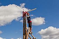 Building a wind turbines. Photo: Jesper Landby/Scouterna