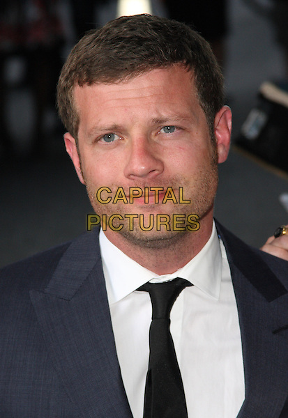 DERMOT O'LEARY.Glamour Women of the Year Awards 2009 at Berkeley Square Gardens, London, England..June 2nd, 2009.headshot portrait black tie white stubble facial hair .CAP/JIL.©Jill Mayhew/Capital Pictures