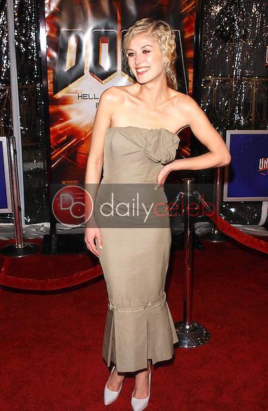 "Rosamund Pike<br /> at the premiere of ""Doom"", Universal City Cinemas, Universal City, CA 10-17-05<br /> David Edwards/DailyCeleb.Com 818-249-4998"