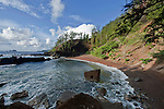 USA, HI, Maui, Hana, Red Sand ( Kaihalulu) Beach