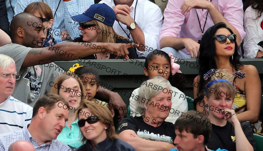 Olympic games London 2012.Tennis tournament.Roger Federer SUI v Juan Martin Del Potro ARG.Kobe Bryant with the family attend the match.London, 03.08.2012..foto: Srdjan Stevanovic/Starsportphoto ©