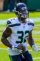 Seattle Seahawks running back Chris Carson (32) during a National Football League game against the Green Bay Packers on September 10, 2017 at Lambeau Field in Green Bay, Wisconsin. Green Bay defeated Seattle 17-9. (Brad Krause/Krause Sports Photography)