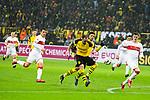 09.03.2019, Signal Iduna Park, Dortmund, GER, 1.FBL, Borussia Dortmund vs VfB Stuttgart, DFL REGULATIONS PROHIBIT ANY USE OF PHOTOGRAPHS AS IMAGE SEQUENCES AND/OR QUASI-VIDEO<br /> <br /> im Bild   picture shows:<br /> Torschuss Paco Alcacer (Borussia Dortmund #9), <br /> <br /> Foto &copy; nordphoto / Rauch