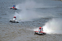 Brian Venton (#17) leads Chris Fairchild (#62) and Jose Mendana, Jr. (#21).  (Formula 1/F1/Champ class)