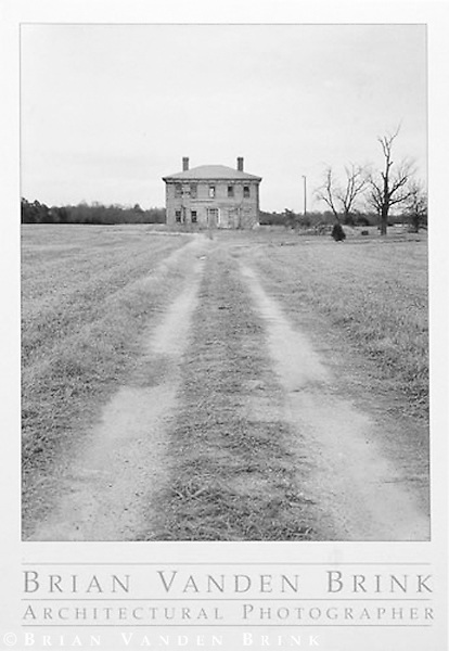 ABANDONED FARMHOUSE<br /> Eastern Shore, Maryland, © Brian Vanden Brink, 2000