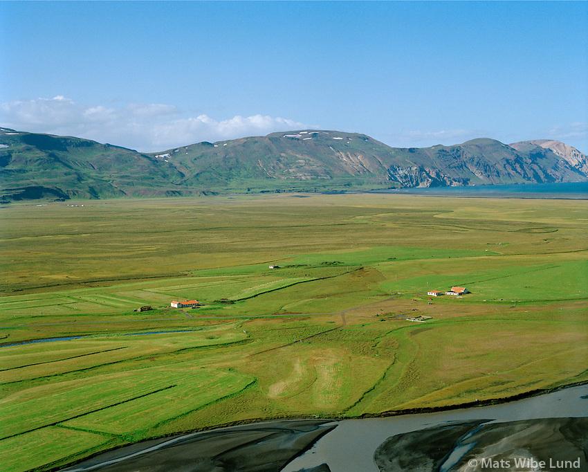 Hólmatunga og Eyjasel séð til norðvesturs,  Fljótsdalshérað áður Hlíðarhreppur / Holmatunga and Eyjasel viewing northwest, Fljotsdalsherad former Hlidarhreppur.