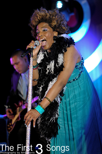 Macy Gray performs at the 2011 Essence Music Festival on July 1, 2011 in New Orleans, Louisiana at the Louisiana Superdome.