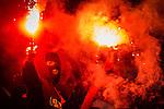 Stockholm 2015-08-24 Fotboll Allsvenskan Djurg&aring;rdens IF - Hammarby IF :  <br /> Hammarbys supportrar br&auml;nner bengaler under den andra halvleken av matchen mellan Djurg&aring;rdens IF och Hammarby IF <br /> (Foto: Kenta J&ouml;nsson) Nyckelord:  Fotboll Allsvenskan Djurg&aring;rden DIF Tele2 Arena Hammarby HIF Bajen supporter fans publik supporters bengal bengaler