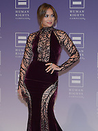 October 5, 2013  (Washington, DC)  Actress and entertainer Jennifer Lopez on the red carpet at the Human Rights Campaign National Dinner October 5, 2013. (Photo by Don Baxter/Media Images International)