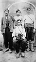 Turquie 1937?   Au Kurdistan, peshmergas de sheikh Abdul Rahim, tue en 1937 .Turkey 1937? In Kurdistan, peshmergas of sheikh Abdul Rahim, killed in 1937