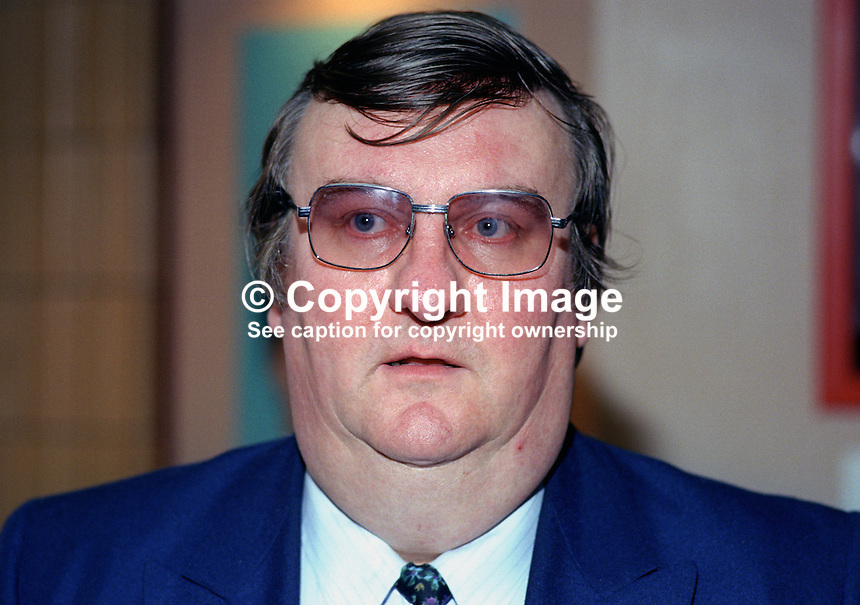 Tommy Graham, MP, Labour Party, UK, politician, 19901012TG..Copyright Image from Victor Patterson, 54 Dorchester Park, Belfast, UK, BT9 6RJ..Tel: +44 28 9066 1296.Mob: +44 7802 353836.Voicemail +44 20 8816 7153.Skype: victorpattersonbelfast.Email: victorpatterson@me.com.Email: victorpatterson@ireland.com (back-up)..IMPORTANT: If you wish to use this image or any other of my images please go to www.victorpatterson.com and click on the Terms & Conditions. Then contact me by email or phone with the reference number(s) of the image(s) concerned.