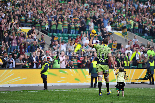 Christian Day waves to the crowd after the match. Aviva Premiership Final, between Saracens and Northampton Saints on May 31, 2014 at Twickenham Stadium in London, England. Photo by: Patrick Khachfe / JMP