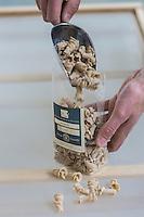 France, Morbihan (56), Languidic, David Le Ruyet élabore des pâtes à partir de la farine de ses propres céréales produites// France, Morbihan (56), Languidic, David Le Ruyet develops pasta from flour of its own produced cereals