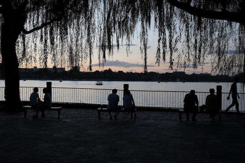Evening along the Beihai lake, Beijing, 29 July 2012.