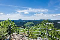 Germany, Thuringia, Ilmenau: view from Kickelhahn mountain (861 m) in Thuringian Forest | Deutschland, Thueringen, Ilmenau: Aussicht vom Grosser Hermannstein auf dem Kickelhahn, 861 Meter hoher Berg im Thueringer Wald, der Goethe-Wanderweg fuehrt hier entlang