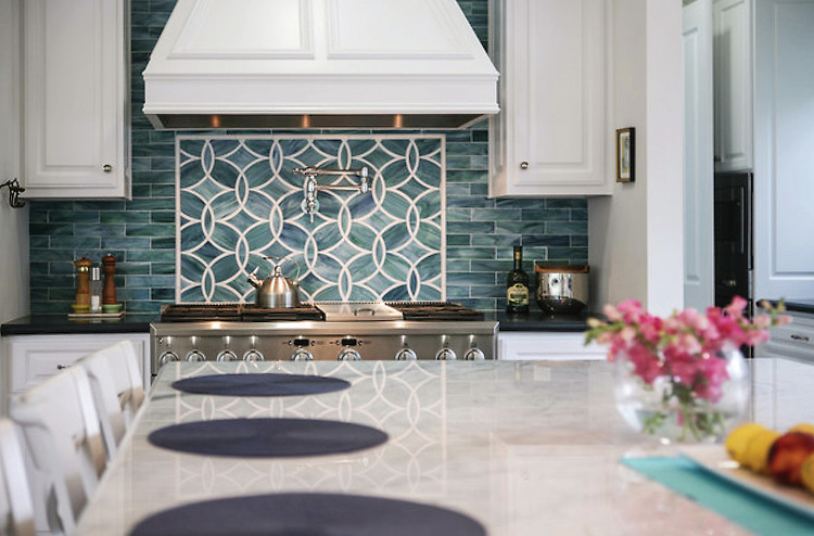 This custom backsplash features Polly, a handmade mosaic shown in Peacock Topaz and Absolute White from the Ann Sacks Beau Monde collection sold exclusively at www.annsacks.com<br /> -photo courtesy of Noelle Interiors