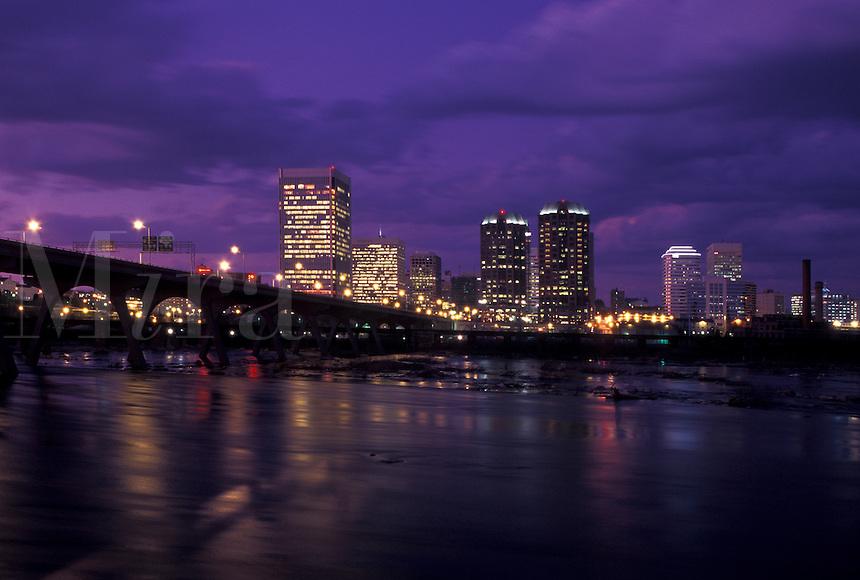 skyline, Richmond, VA, Virginia, Skyline of downtown Richmond in the evening. Manchester Bridge spans the James River.