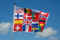 Vlag samengesteld uit vlaggen van diverse landen