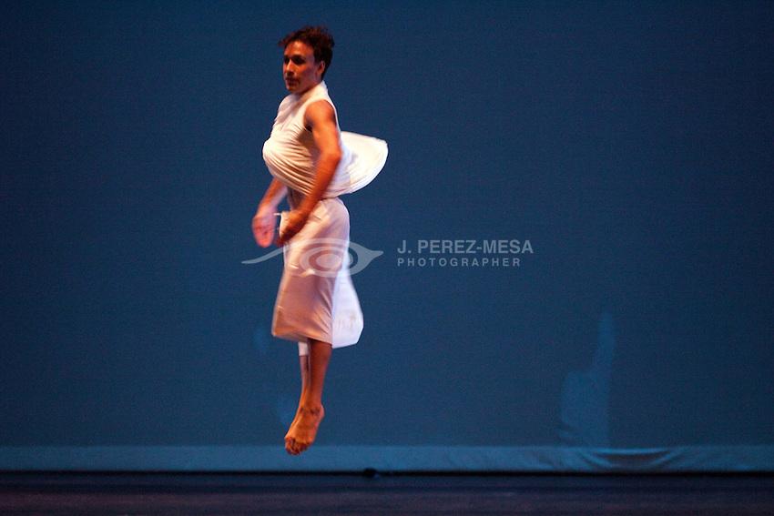 Memories by Omar roman, choreographer: Brian Sanchez
