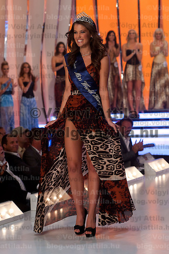 Linda Szunai wins the title Miss World Hungary during the joint Beauty Queen contest in Hungary's tv2 television headquarter in Budapest, Hungary on July 14, 2011. ATTILA VOLGYI