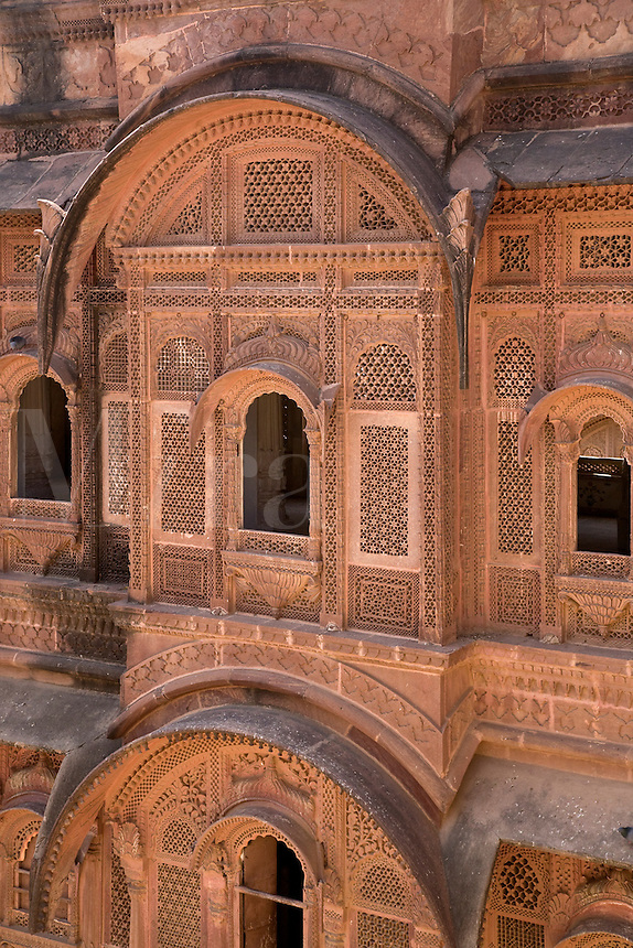 Stone carved windows at the MEHERANGARH FORT built by Maharaja Man Singh in 1806 - RAJASTHAN, INDIA