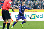 09.11.2019, Stadion an der Bremer Brücke, Osnabrück, GER, 2. FBL, VfL Osnabrueck vs. VfB Stuttgart<br /> <br /> ,DFL REGULATIONS PROHIBIT ANY USE OF PHOTOGRAPHS AS IMAGE SEQUENCES AND/OR QUASI-VIDEO, <br />   <br /> im Bild<br /> Sven Köhler / Koehler (VfL Osnabrück #25), Aktion / Einzelbild /mit Ball.<br /> <br /> <br /> Foto © nordphoto / Paetzel