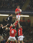 Cardiff, WALES - November 24:.Autumn International.Wales v New Zealand.Wales lock Aaron Shingler takes the line out ball..24.11.12..©Steve Pope - Sportingwales