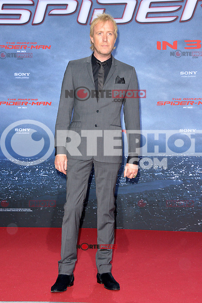 Rhys Ifans attending the Germany premiere of the movie The Amazing Spider-Man at CineStar Sony Center in Berlin. Berlin, 20.06.2012...Credit: Timm/face to face /MediaPunch Inc. ***Online Only for USA Weekly Print Magazines*** NORTEPOTO.COM<br /> **SOLO*VENTA*EN*MEXICO**<br /> **CREDITO*OBLIGATORIO** <br /> *No*Venta*A*Terceros*