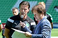 GRONINGEN - Voetbal, Open dag FC Groningen ,  seizoen 2017-2018, 06-08-2017,  FC Groningen trainer Ernest Faber met presentator Koen Jansen