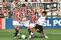 SÃO PAULO, SP, 26 AGOSTO DE 2012 - CAMPEONATO BRASILEIRO - CORINTHIANS x SÃO PAULO: Romarinho durante partida Corinthians x São Paulo,  válida pela 19ª rodada do Campeonato Brasileiro de 2012, em partida disputada no Estádio do Pacaembu em São Paulo. FOTO: LEVI BIANCO - BRAZIL PHOTO PRESS