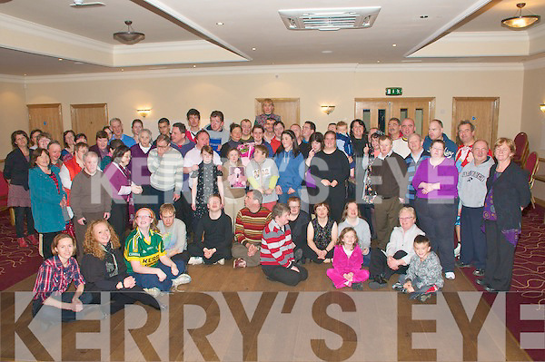 I.O. Collective Presentation: Presentation made to Sharon Browne, Kerry Services by members of the I.O Collective to thank the KES for their continuing support at Kerins O'Rahilly's Clubhouse on Tuesday evening last