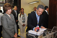 Encuentro del Presidente Leonel Fernandez con la ministra de Educación Josefina Pimentel, en la sedes del ministerio