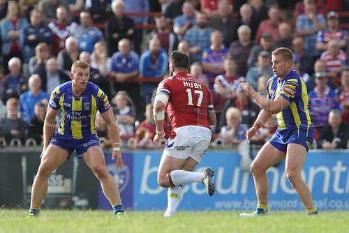 July 1st 2017, Beaumont Legal Stadium, Wakefield, England; The Betfred Super Leauge; Wakefield Trinity versus Warrington Wolves; Craig Huby of Wakefield Trinity runs into contact with the Warrington line