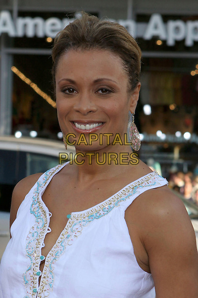 "VALERIE PETTIFORD.""The Honeymooners"" World Premiere,.at the Grauman's Chinese Theatre, .Hollywood, CA, USA, 8th June 2005..portrait headshot.Ref: ADM.www.capitalpictures.com.sales@capitalpictures.com.©Jacqui Wong/AdMedia/Capital Pictures."