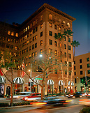 USA, California, Los Angeles, Beverly Hills, night exterior of the Beverly Wilshire Hotel, Four Seasons Resort, Rodeo Drive