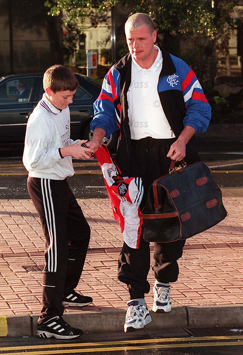 Paul Gascoigne and a young rangers fan