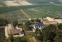 Europe/France/Aquitaine/33/Gironde/Sauternais/Sauternes: Chteau Guiraud (AOC Sauternes) - Vue aérienne