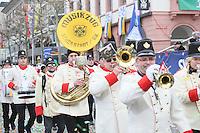 Musikzug Stockstadt läuft mit - Rosenmontagsumzug in Mainz